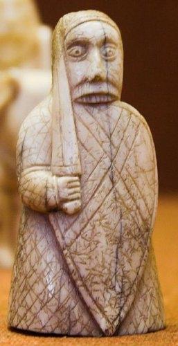 beserker_lewis_chessmen_british_museum