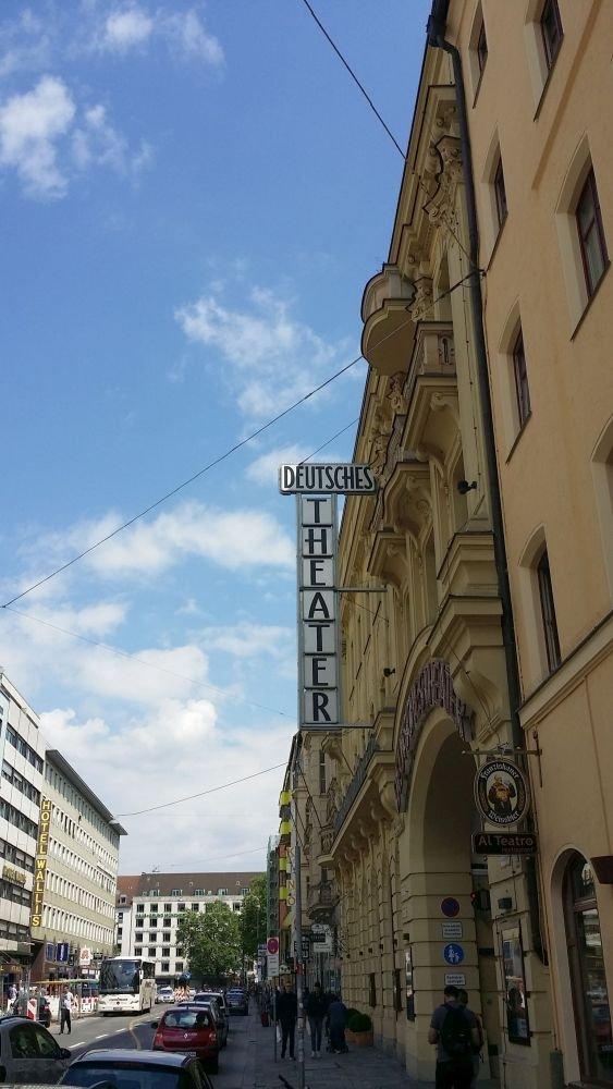 Schwanthalerstr DtTheater1