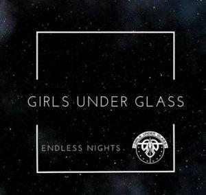 Girls under glas